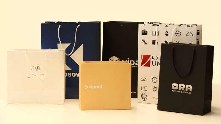 Si ndikon çanta e letrës në mënyrën si prezantohet produkti yt?